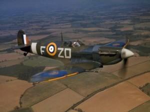 Spitfire_VB_222_Sqn_RAF_in_flight_1942